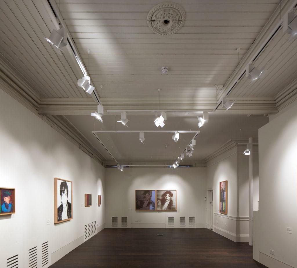 Gallery 04