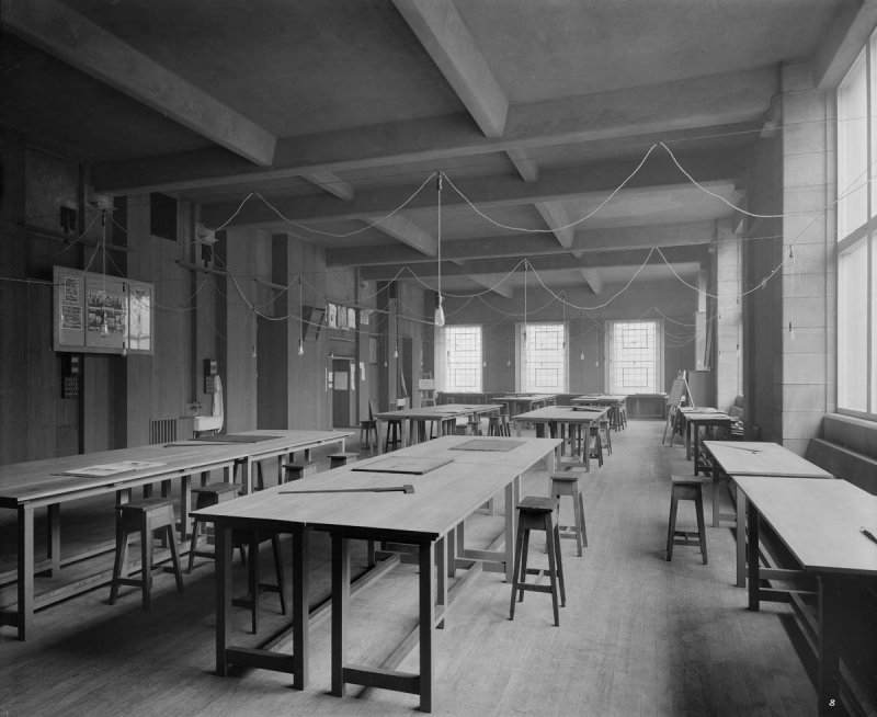 ©HES. 1910 Photograph of Junior Architecture taken by Bedford Lemere.