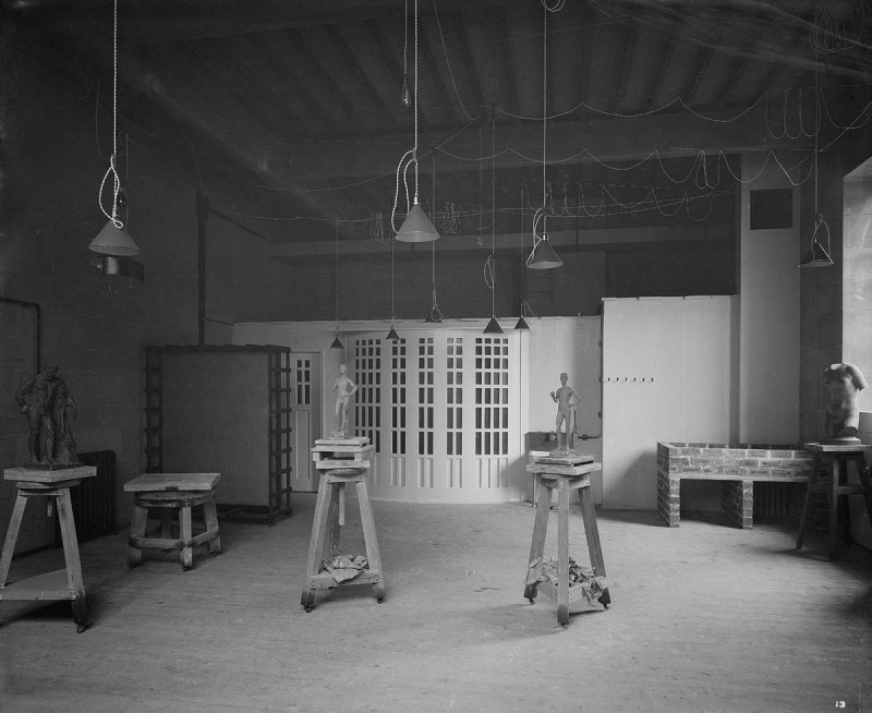 ©HES. 1910 Photograph of a Basement Studio taken by Bedford Lemere.