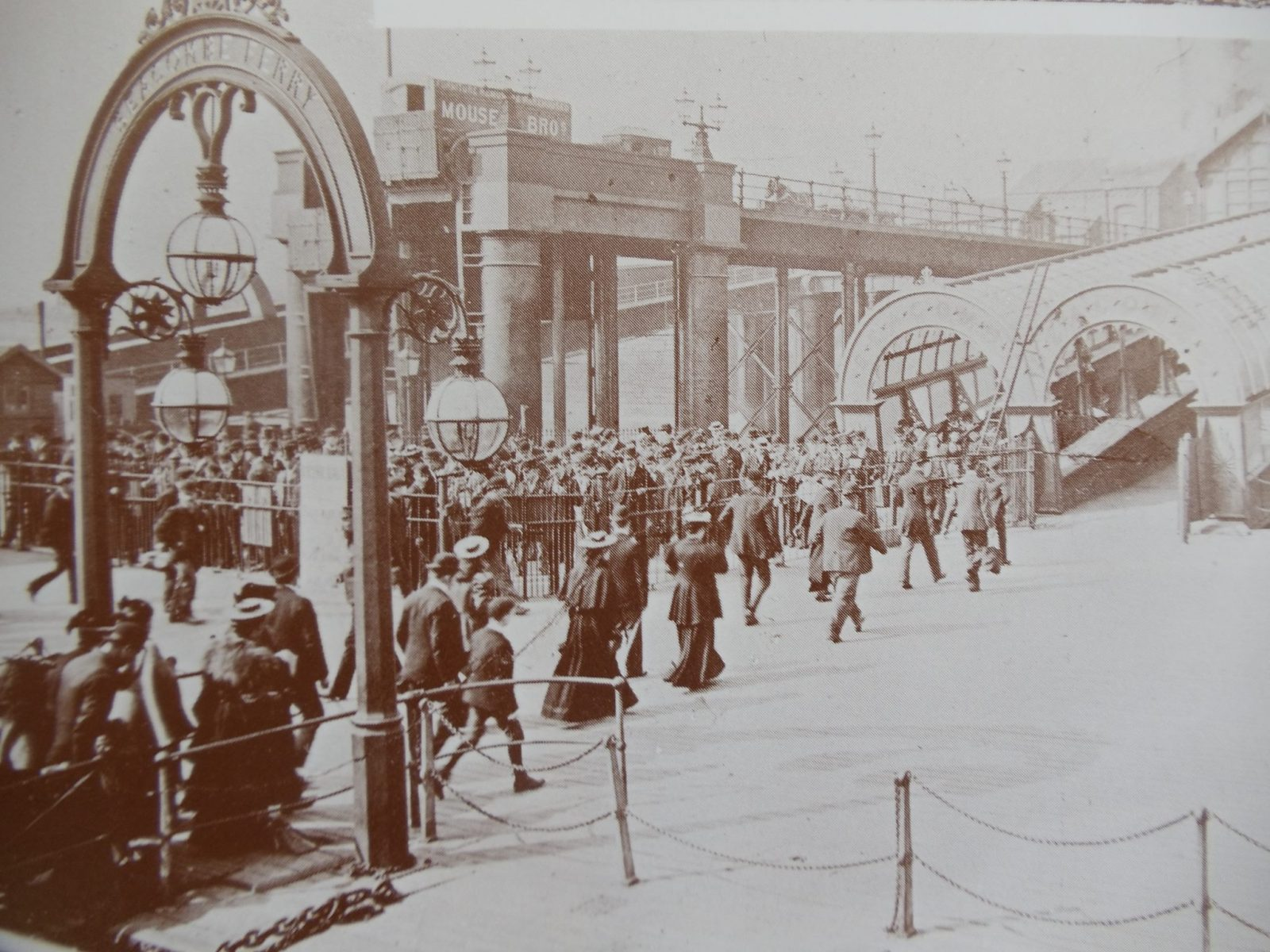 Ferry passengers disembarking at Seacombe in 1900